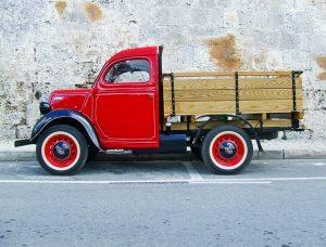 truck-1042600_640